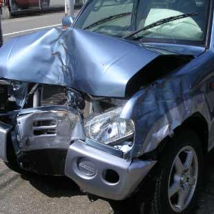 乗り捨てレンタカーや事故車を回収したい
